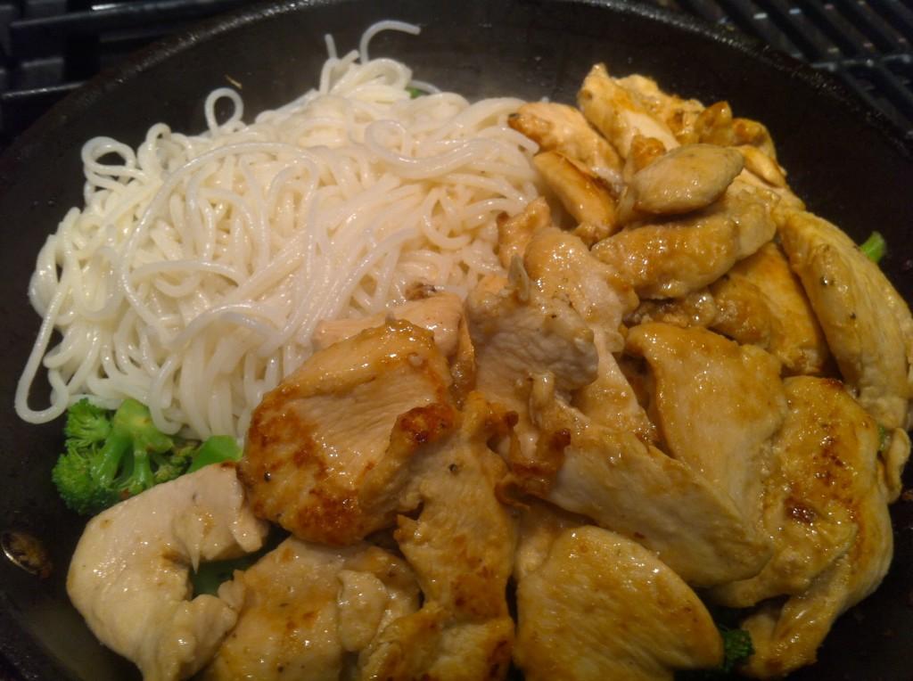 gluten-free chicken lo mein