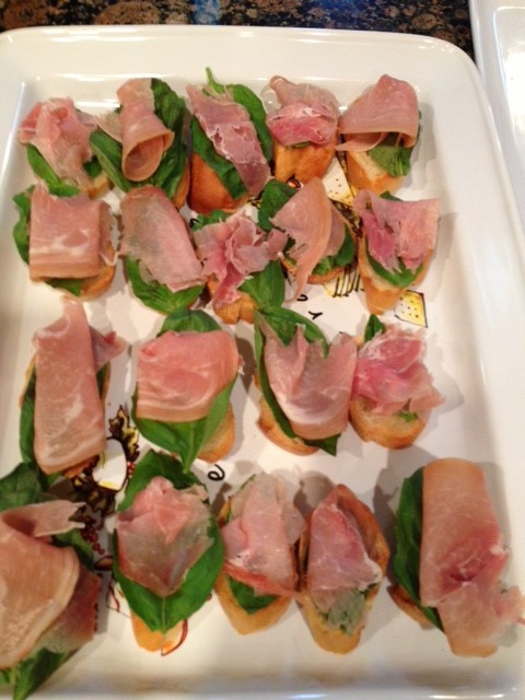 Prosciutto-Basil Crostini Recipes — Dishmaps