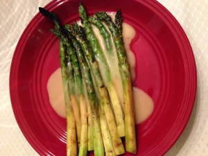 Grilled Asparagus with Hollandaise Sauce